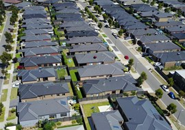 Melbourne land buyers switch focus to smaller lots